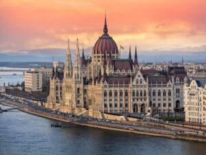 Tour Hungary